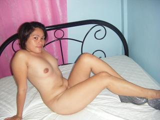 Caarmen-22 - Asian chick with a hot body!