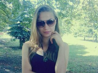 SchatzyBonny - Hello, guys! I'm nice girl with great body and lust to sex,Im young girl and I like to know more about sex, I like experimenting, to give and get plasure!