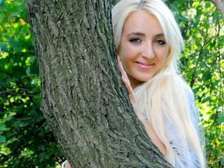 Lilailla - cooking, party, music - Hello my king! I am here! I waiting for you, i wish to know all your wishes and make them come true! - Alter: 23 / Waage - Alter: 166 / schlank - Geschlecht: weiblich - Ausrichtung: heterosexuell - Haare: blond / sehr lang - Piercing: keins - Alter: B - Hautfarbe: weiss - Augen: blau - Rasur: teilrasiert