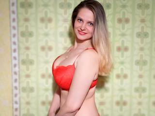 ReifeLiliane -  I think there are no ideal people in the world, and here I want find man with dirty mind and sexy body